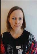 ?? PRIVAT ?? VAR FÖRSIKTIGA. Institutet för hälsa och välfärds specialforskare Outi Nyholm rekommenderar att speciellt personer med nedsatt immunförsvar och sår på kroppen undviker dopp i Östersjön just nu.
