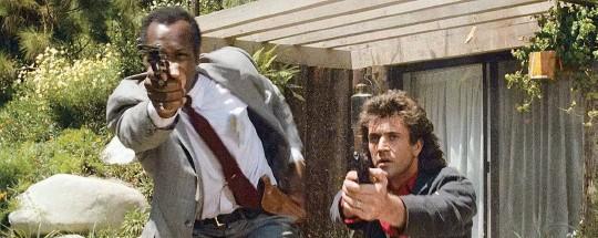 ??  ?? «Arma letal», la película que definió la moderna «buddy movie» de acción y dio pie a una lucrativa franquicia.