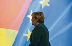 ?? Foto: Peter Endig, dpa‰archiv ?? Auch wenn Angela Merkel zum Abschied viel Lob aus der EU hört, ist ihre politische Götterdämmerung in Brüssel längst unübersehbar.
