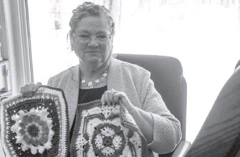 ?? Damon MacLean ?? Wendy Richardson is spearheading Crochet Anyone? in support of local initiatives in Wellesley.