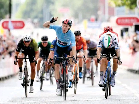 ?? (SWpix) ?? Hayter won stage five of the Tour of Britain and finished second overa ll