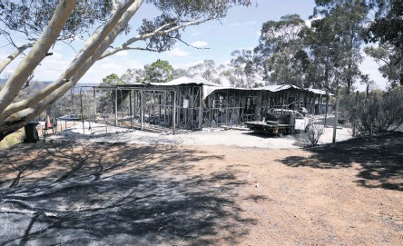 ?? Picture: Ian Munro ?? A movie night at Cannington Showgrounds will raise funds for victims of the Wooroloo bushfire, which destroyed 86 homes.