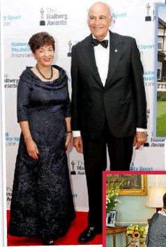 ??  ?? Above: With husband David. Right: Devoted royalist Patsy enjoyed an audience with the Queen and Prince Charles in London in July 2016.