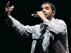 ?? MARK METCALFE/Getty Images ?? Despite critical acclaim and solid sales, Drake hasn't appeared at the Junos since 2011, when he was shut out in six different categories while hosting in his hometown of Toronto.
