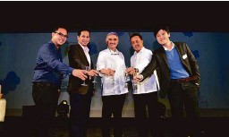 ??  ?? (L-R) :Paolo Lacuna (Business Development Lead, Facebook), Victor N. Madlangbayan (Special Programs Consultant, GoNegosyo), Ricardo D. Bautista (President, Directories Philippines Corporation), A.C Villacorta II (VP for Marketing, Directories...