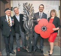 ??  ?? Ian with artist Simon, Colin Flinn, of Poppy Scotland, and Caroline Barr, from the People's Palace museum