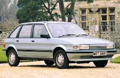 ??  ?? Models such as this 1983 Austin Maestro 1.3 are pulling at the heart strings