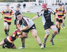 ??  ?? Scarborough's man mountain Wesley Langkilde is halted in his tracks