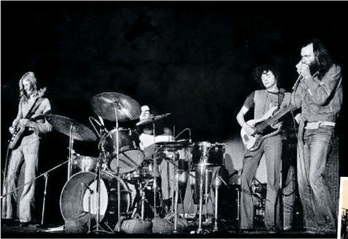 ??  ?? Chain members Phil Manning (left), Barry Harvey, Barry Sullivan and Matt Taylor perform on the Gold Coast in the 1970s.