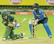 ?? /Sameera Peiris/Gallo Images ?? In form: Janneman Malan sweeps the ball to the boundary during his innings of 121 in the second ODI.