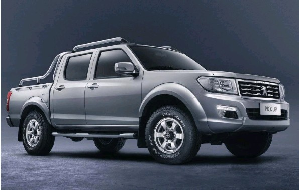 ??  ?? Neither the boxy styling nor the name are the most imaginitive. The Pick Up is headed here only in 2021.