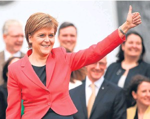 ?? Picture: PA. ?? Despite wanting no cooperation with England for indyref, First Minister Nicola Sturgeon is trying to convince English voters to back Remain, argues Alex Bell.