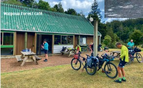 ??  ?? Waipoua Forest café.