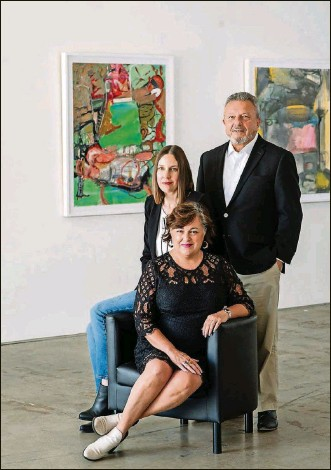 ?? CONTRIBUTED ?? The Contemporary Dayton hopes to move to the Arcade. Shown left to right: Exhibition Committee Chair Amelia Hounshell, Executive Director & Chief Curator Eva Buttacavoli and Board Chair Chuck Vella.