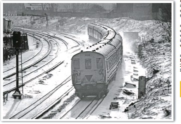?? BRIAN MORRISON. ?? Class 414/3 2-HAP 6055 leads a Horsham-London Victoria service through a wintry Clapham Cutting on January 10 1982. The proportion of the electrified network using third rail will reduce once overhead wires are installed on the Great Western and...