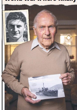 ??  ?? Dr Ray Leonard, last survivor from the HMAS Armidale, had long called for Teddy Sheean (inset) to be awarded the Victoria Cross.