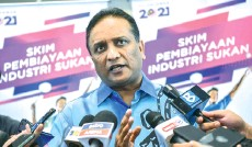 ?? - Bernama photo ?? Youth and Sports Minister Datuk Seri Reezal Merican Naina Merican says sports should be 'colour blind', across cultural borders and act as an agent of unity.