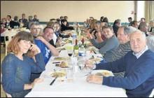 ??  ?? Banquet amical en présence de M. le Maire