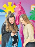 ??  ?? Online influencer: Lily gets advice from Instagram's Jessica Lever
