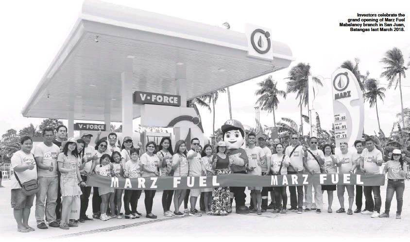 ??  ?? Investors celebrate the grand opening of Marz Fuel Mabalanoy branch in San Juan, Batangas last March 2018.