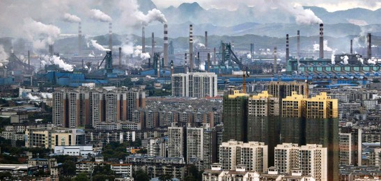??  ?? Breathe uneasy: Steam and smoke clag the air over the heavily industrialised Chinese city of Liuzhou