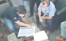 ??  ?? Para la presentación de la documentación participaron funcionarios de la ANDE y de la empresa CIE S.A.
