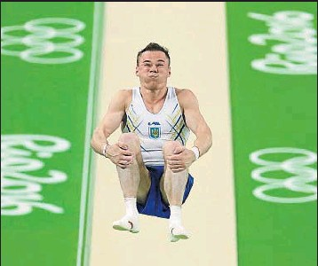 ?? DMITRI LOVETSKY / AP ?? Un salto de Oleg Verniaiev, de Ucrania