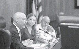 ?? SUSAN STOCKER/SOUTH FLORIDA SUN SENTINEL ?? U.S. Reps. Ted Deutch, left, Debbie Wasserman Schultz and Alcee Hastings, elected from neighborin­g South Florida districts, attend a 2019 House hearing in Fort Lauderdale on voting rights and election administra­tion.