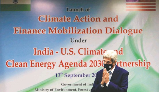 """?? ANUSHREE FADNAVIS/REUTERS ?? U.S. climate envoy John F. Kerry in New Delhi. Several world leaders """"are ready to step up and have said they'll announce new plans"""" on emissions, he said in an interview."""