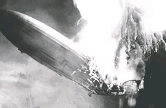 ?? AFP via Gett y Imag es ?? The German giant airship Hindenburg explodes in a ball of fire as it comes in to land in New Jersey in May 1937.
