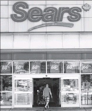 ?? CP PHOTO/RYAN REMIORZ ?? A Sears Canada outlet is seen Tuesday, June 13, in Saint-eustache, Que. Dozens of Sears stores slated for closure begin liquidation sales Friday, but bargain-hunters would be wise to temper expectations, say industry experts.