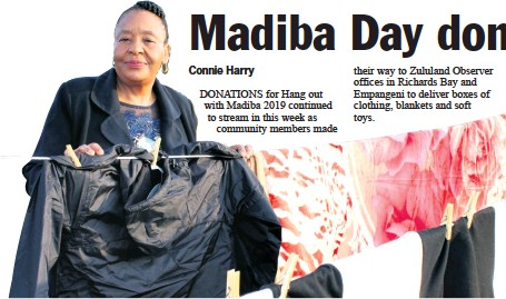 ??  ?? City of uMhlathuze Speaker Silondile Mkhize was the first to peg her blankets and clothing in Richards Bay
