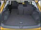??  ?? Pour pallier à la modularité bien classique de la banquette arrière le plancher du coffre est amovible.
