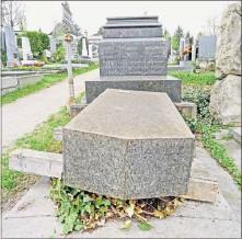 ?? [ wf ] ?? Sterben nach budgetären Vorgaben? Gersthofer Friedhof.