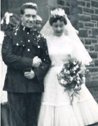 ??  ?? ●● John and Joan on their wedding day