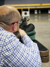 ??  ?? John Bright - boss of SIG Air's UK distributor, Highland Outdoors, puts in the range time.