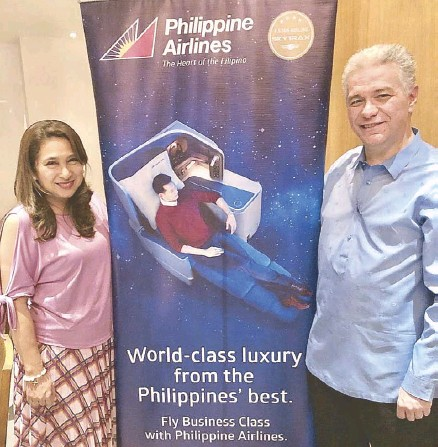 """??  ?? PAL vice president for marketing Ria Domingo and PAL vice president for corporate communications Jose Perez de Tagle: """"With additional craft, improved cabins and new flights, PAL is committed to provide world-class indulgence to its passengers."""""""