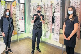 ??  ?? Eyes on the prize From left, Specsavers Paisley store director Gail Thompson, referee Willie Collum and store director Amy Chotai