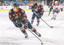 ?? ALLEN DOU­GLAS/ KaMLOOPS BLAZERS ?? Con­nor Zary could be the first Kamloops Blazer picked in the first round of the NHL Draft since 2007.