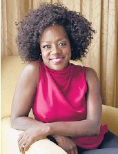 ?? CHRIS PIZZELLO/INVISION 2018 ?? Harvard University's Hasty Pudding Theatricals named Viola Davis its Woman of the Year.