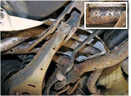 ??  ?? Unlike the exhaust pictured in Steps 1 and 2, many newer cars feature a one-piece system for ease of manufacture. You do not need to replace the entire exhaust if one section is damaged, because…