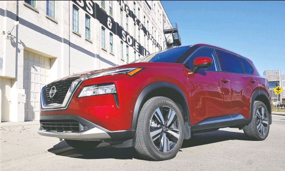 ?? PHOTOS: NADINE FILION/ DRIVING ?? The 2021 Nissan Rogue Platinum AWD is smaller, cheaper and less powerful than the Murano, but its advanced technology puts it over the top.