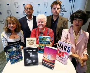 ?? — AP ?? The panel of judges, from left, Jacqueline Rose, Kwame Anthony Appiah, Val McDermid, Leo Robson and Leanne Shapton pose for a photo, during the Man Booker Prize 2018 shortlist announcement in London last week.