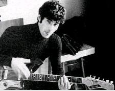 ??  ?? Negli anni Sessanta Umberto Bossi ebbe una breve esperienza come cantautore, con il nome d'arte di Donato, e partecipò anche al Festival di Castrocaro