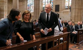 ?? Photograph: Getty Images ?? Gladys Berejiklian greets Jenny and Scott Morrison at a prayer service to commemorate the life of Prince Philip at St Andrew's Cathedral in Sydney.