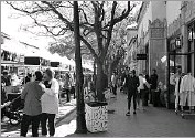 ?? Kim Pierce/Special Contributor ?? Highland Park Village Local Artisan Market is all about chic, local and artisan-made treats.