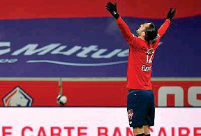??  ?? Face à Dijon, Yusuf Yazici a marqué le but de la victoire (1-0) à la 29e minute. Avec ce résultat, le Losc a pris dimanche la tête du championnat de Ligue 1.