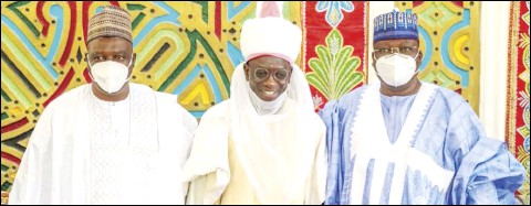 ??  ?? •L-R: Deputy Speaker of the House of Representatives, Mr Ahmed Wase; Father of the bride, Mr Ahmed Wadada; and President of the Senate, Mr Ahmad Lawan, at the wedding Fatiha of Fauzia Ahmed and Farid Mohammed at the Emir of Keffi's palace in Nasarawa State... on Saturday. Photo: Office of the Senate President