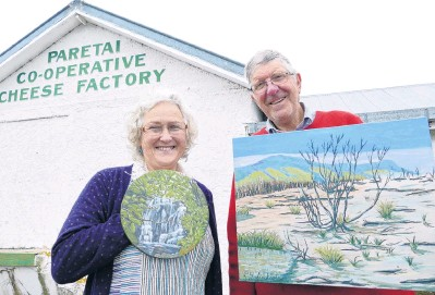 ?? PHOTO: RICHARD DAVISON ?? Craft works . . . Former horticulturists Beth and Peter Linklater prepare for the weekend opening of their new art gallery in the former Paretai Cheese Factory, near Balclutha, yesterday.