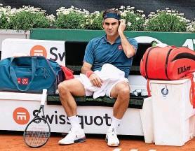 ?? FRESHFOCUS ?? Für Roger Federer lief es gestern in Genf nicht nach Wunsch.
